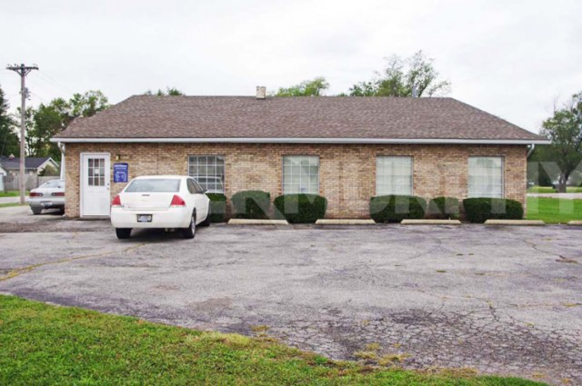 Exterior Image of Building for 2,200 SF Medical Office For Sale, 1518 Camp Jackson Rd, Cahokia, Illinois 62034
