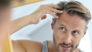 Haare männer haarschnitt graue Frisuren Für