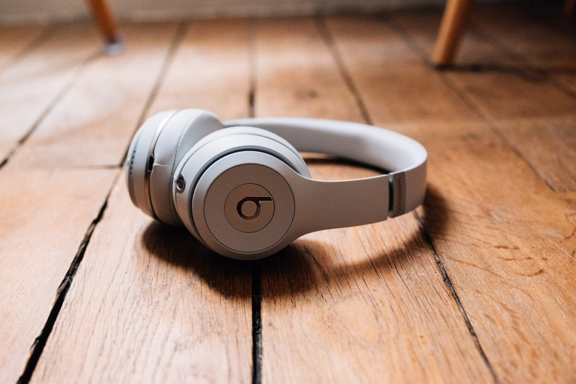 Beats Solo 3 test casque white matte
