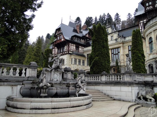 castelul peleș barbuiulian