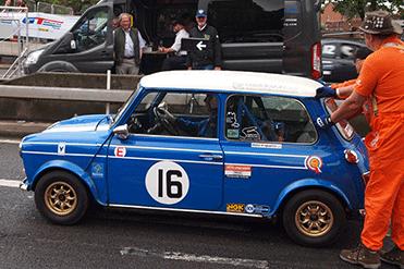 Ian & Victoria Hunt - British Leyland Mini Cooper S MKII
