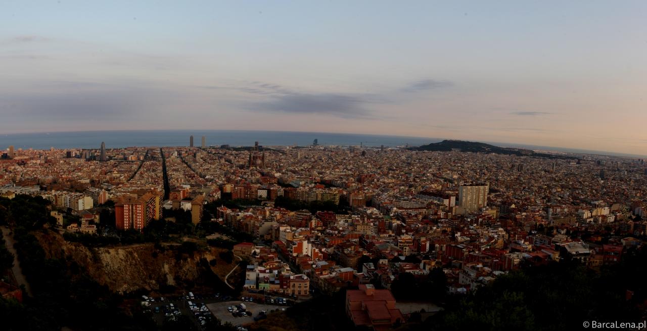 Panorama Barcelony z Turó de la Rovira