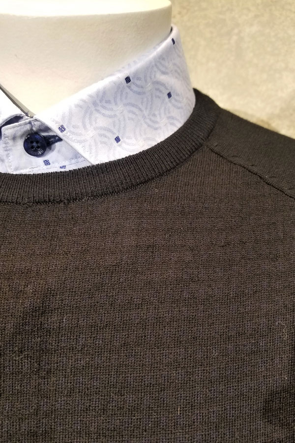 Crew in Pure Wool Jacquard Check Design Weave