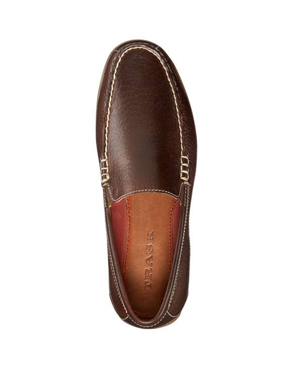 MOCCASIN-AMERICAN BISON. BROWN WITH BLACK DETAIL.
