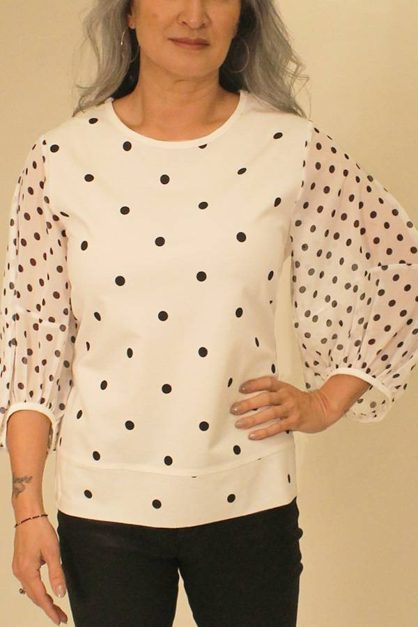 Knit Blouse with Crepe Puff Sleeve