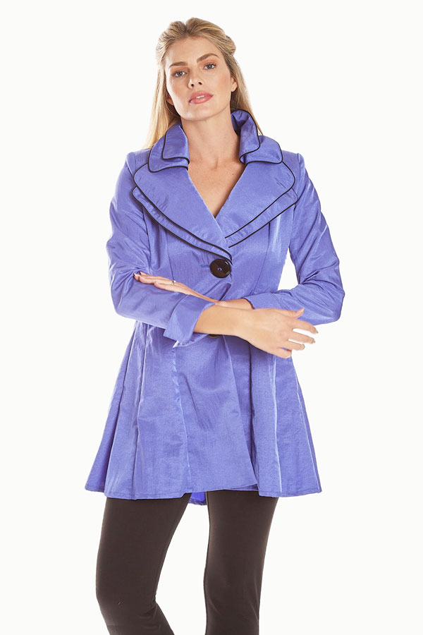 women's lavender wire collar raincoat front