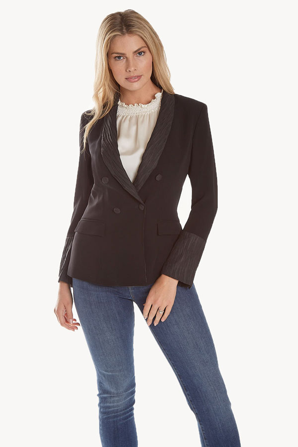 women's shawl collar jacket in crepe fabric front