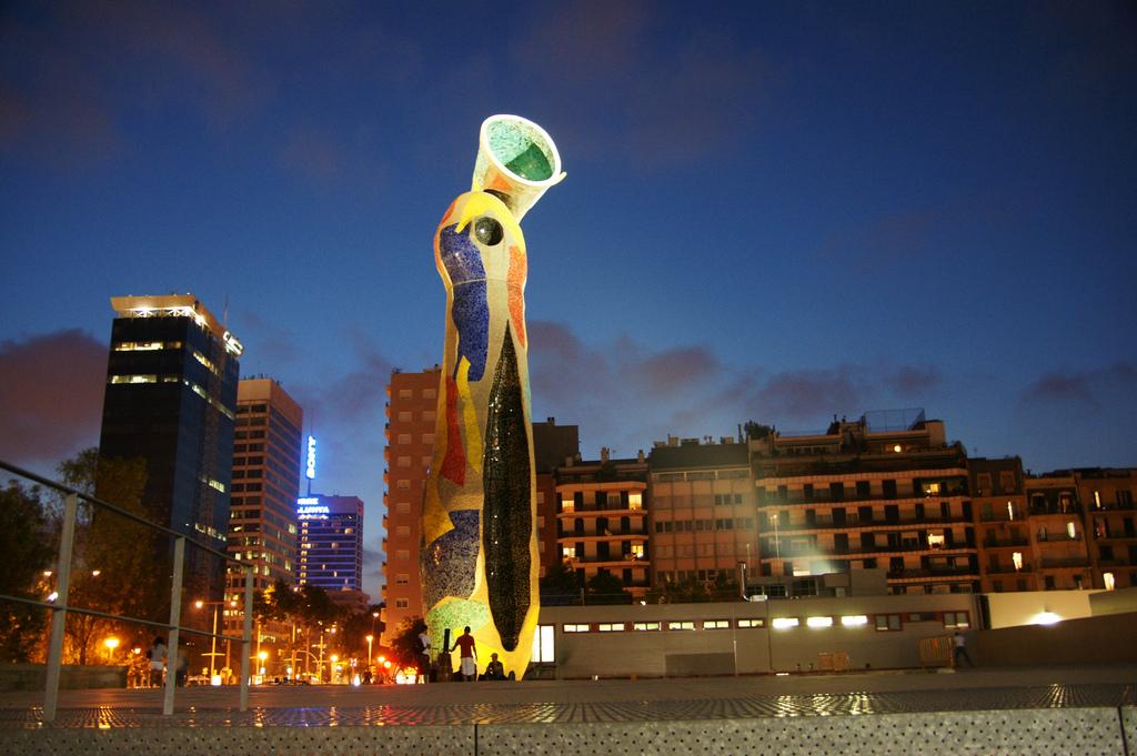 Parc De Joan Miro Entre Nature Et Culture Barcelona