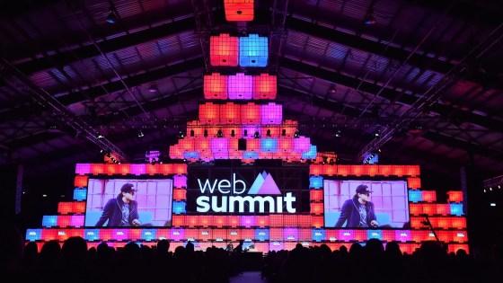 escenario de Web Summit 2018