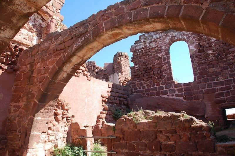 Visita al Castell d'Eramprunyà