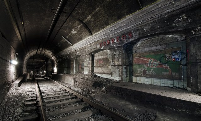 ghost stations in barcelona