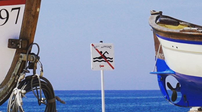 no swimming calella
