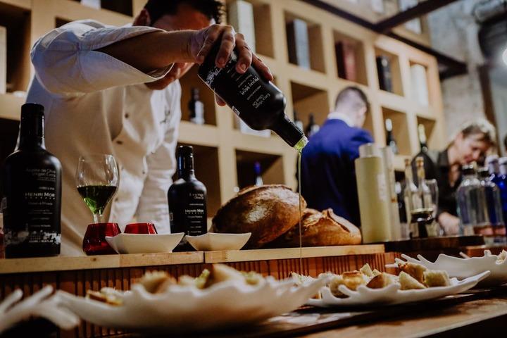 olive oil tasting experience Barcelona