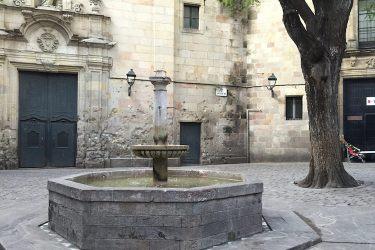 Plein van Sant Felipe Neri in gotische wijk in Barcelona