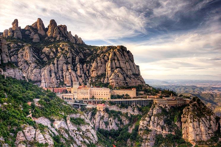 MONTSERRAT Dağı - Barselona Bağımsız olarak