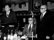 Dr. Ábrahám Kálmán építési és városfejlesztési miniszter, dr. Veres Lajos tanácselnök-helyettes és Takács István tanácselnök az ünnepi ülésen