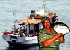 barco-de-pesca-em-bertioga