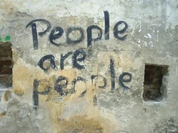 Poesía en Bardulias: Un País de Miedos