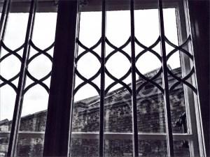 Poesía en Bardulias: Vetas de gris