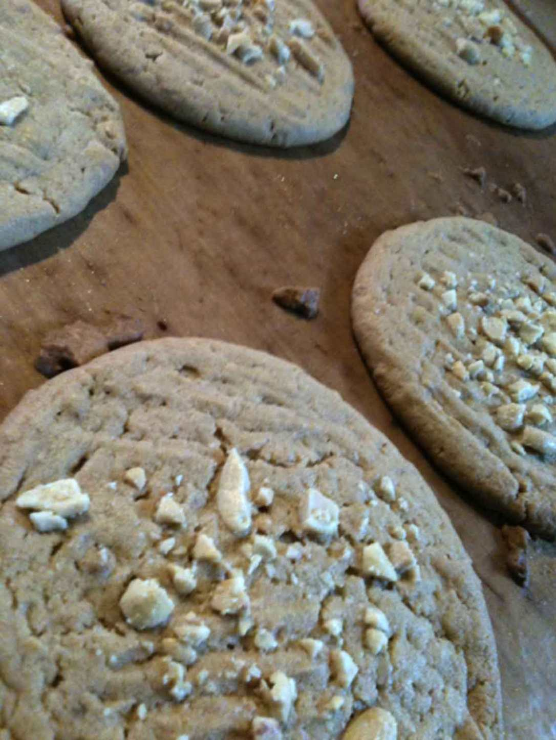 homemade peanut butter cookies at barefoot glamping Cornwall