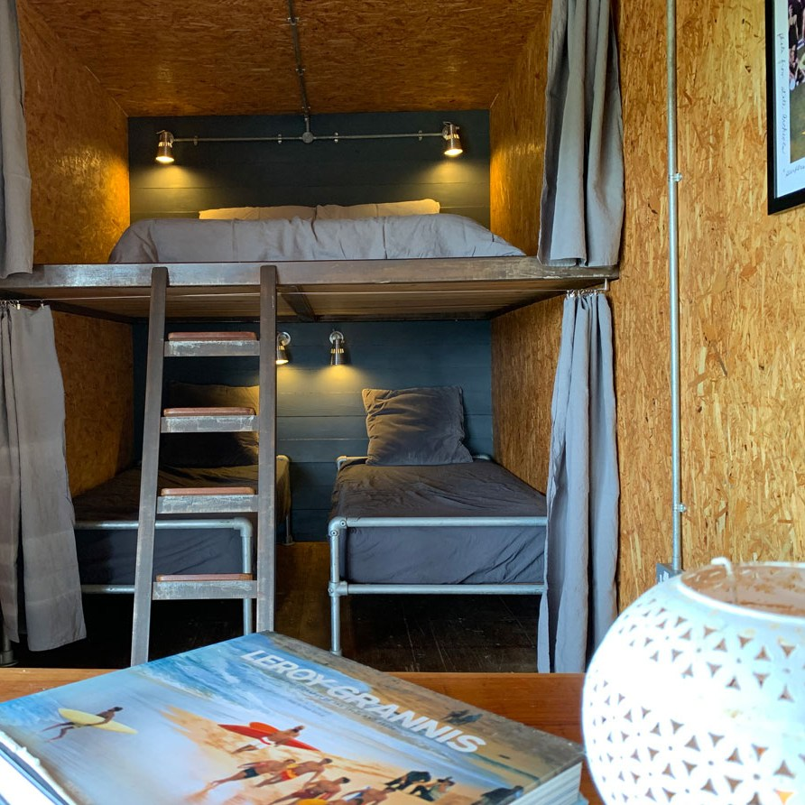 the platform double bed