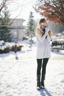 Snow Attire - Barefoot Blonde Amber Fillerup Clark
