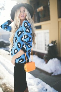 Blue Animal Print - Barefoot Blonde Amber Fillerup Clark