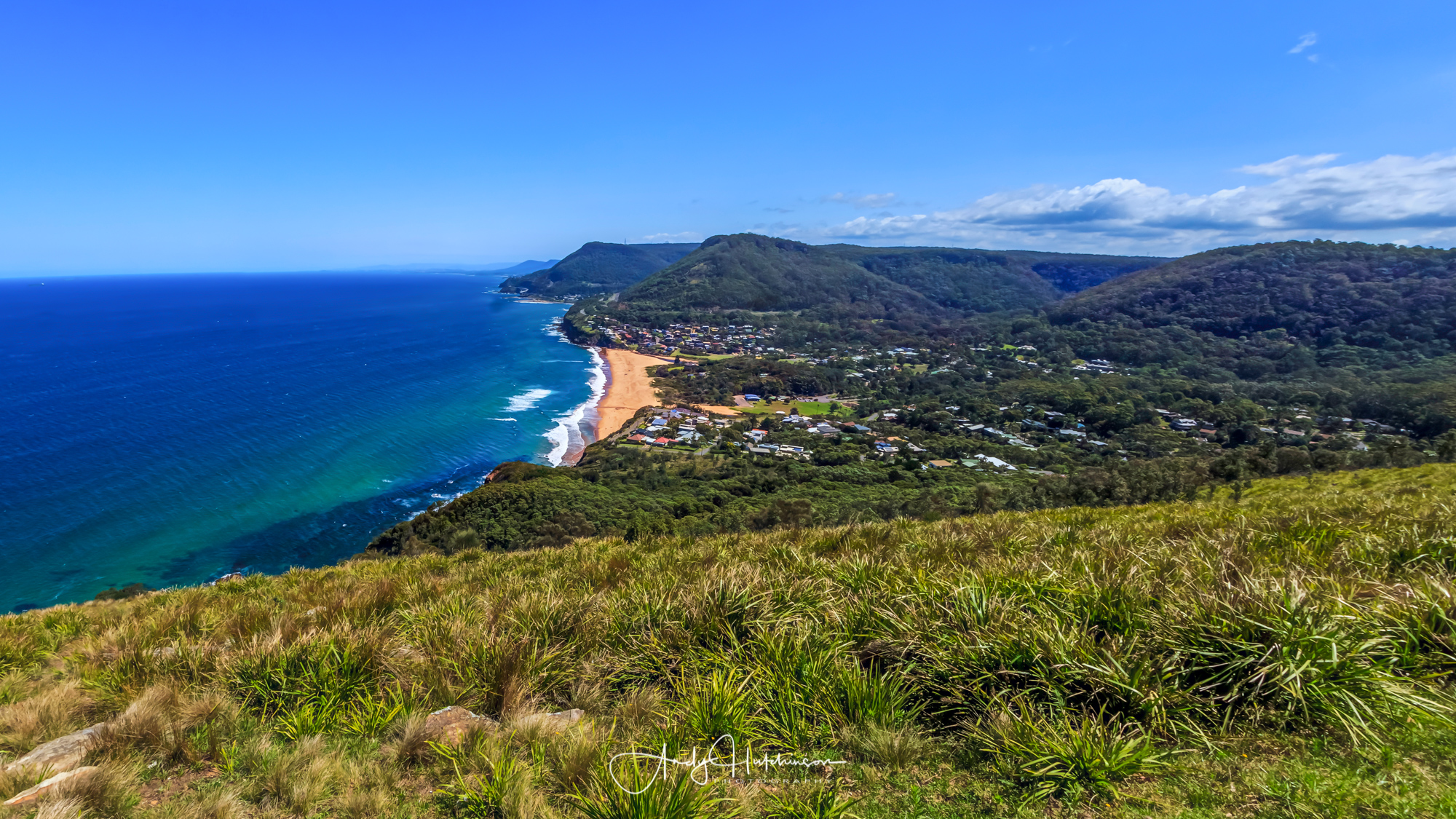 Bald Hill at Stanwell Tops is definitely one of the primo lookouts on the whole coast and a popular adventure sports location too.