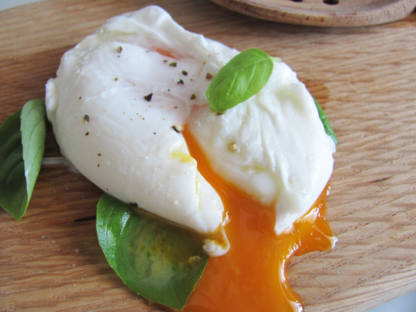 "Meet your classic poached egg. I'm quite fond of the egg not looking ""too"" perfect, so this is my usual way of making it"