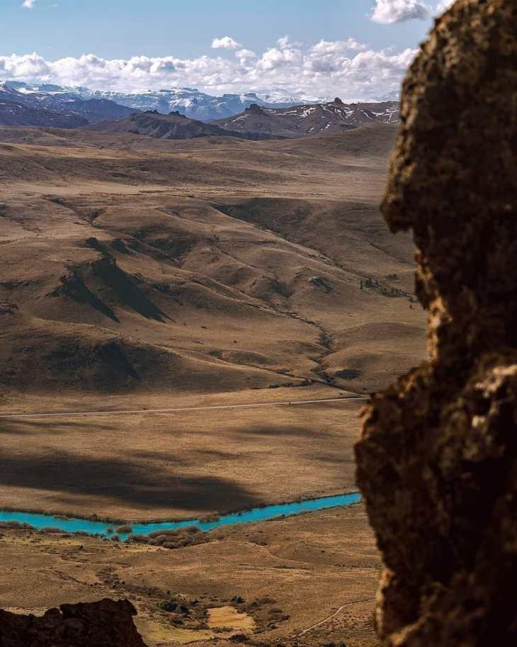 Circuito Grande. Rio Limay e estepe patagônica.