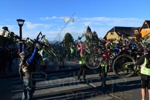 Cientos de Ciclistas