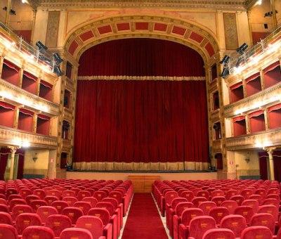 """La lirica si propone al grande pubblico: rassegna """"Cinema e Opera Lirica"""" alla Mediateca di Bari"""