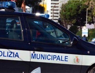 Altamura: arriva la polizia metropolitana di Bari in soccorso alla cittadina per i controlli sul rispetto delle norme restrittive