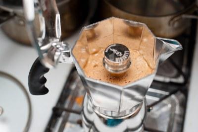 preparer cafe machine espresso reunion bourbon barista moka