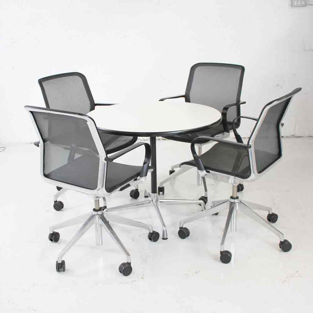Vitra Office Chair 4 X Bene Filo Chairs 1 X Vitra Eames Table