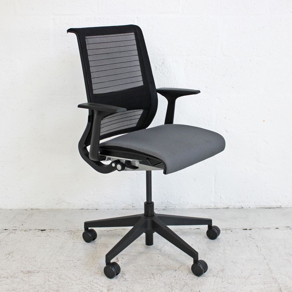 Steelcase Think Chair Steelcase Think Task Chair Fixed Arms
