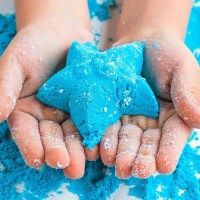 Make: DIY Moon Sand for At-Home Beach Play