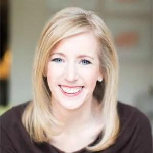 Lesley Stowe - author photo