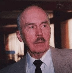 Ian Verner Macdonald: Ian's Life And The Truth About Winston Churchill