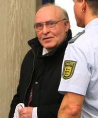 90-MINUTE INTERVIEW WITH THOUGHT CRIMINAL ERNST ZUNDEL