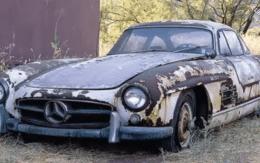 Mercedes 300 Abandoned