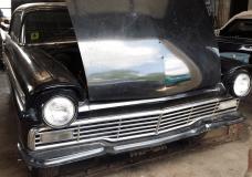 1957 Ford Fairlane survivor found sitting since the 1970's