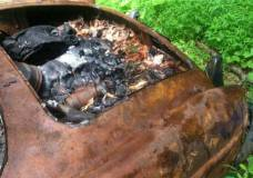 1957 Mercedes 190SL burned up and for sale on Craigslist drivers quarter