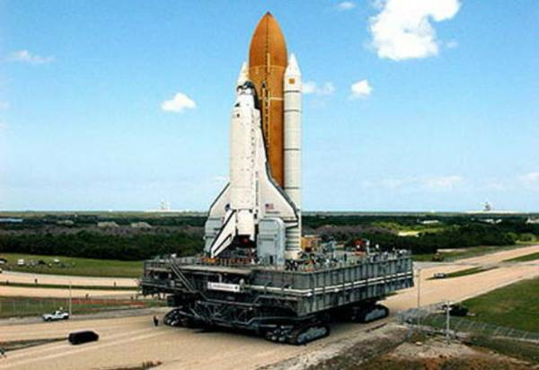 Craigslist Space shuttle mover for cheap or barter ...