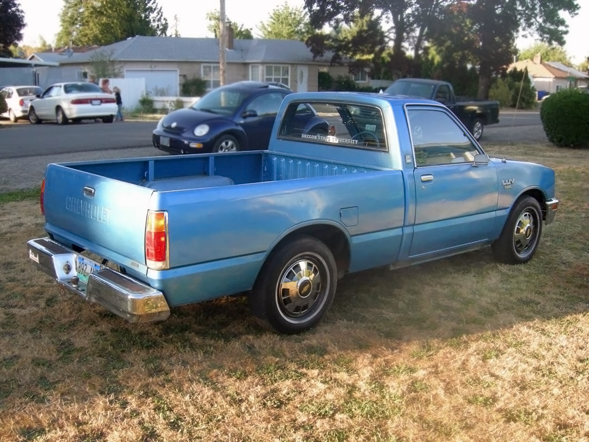 hight resolution of 081516 barn finds 1982 chevrolet luv diesel 2