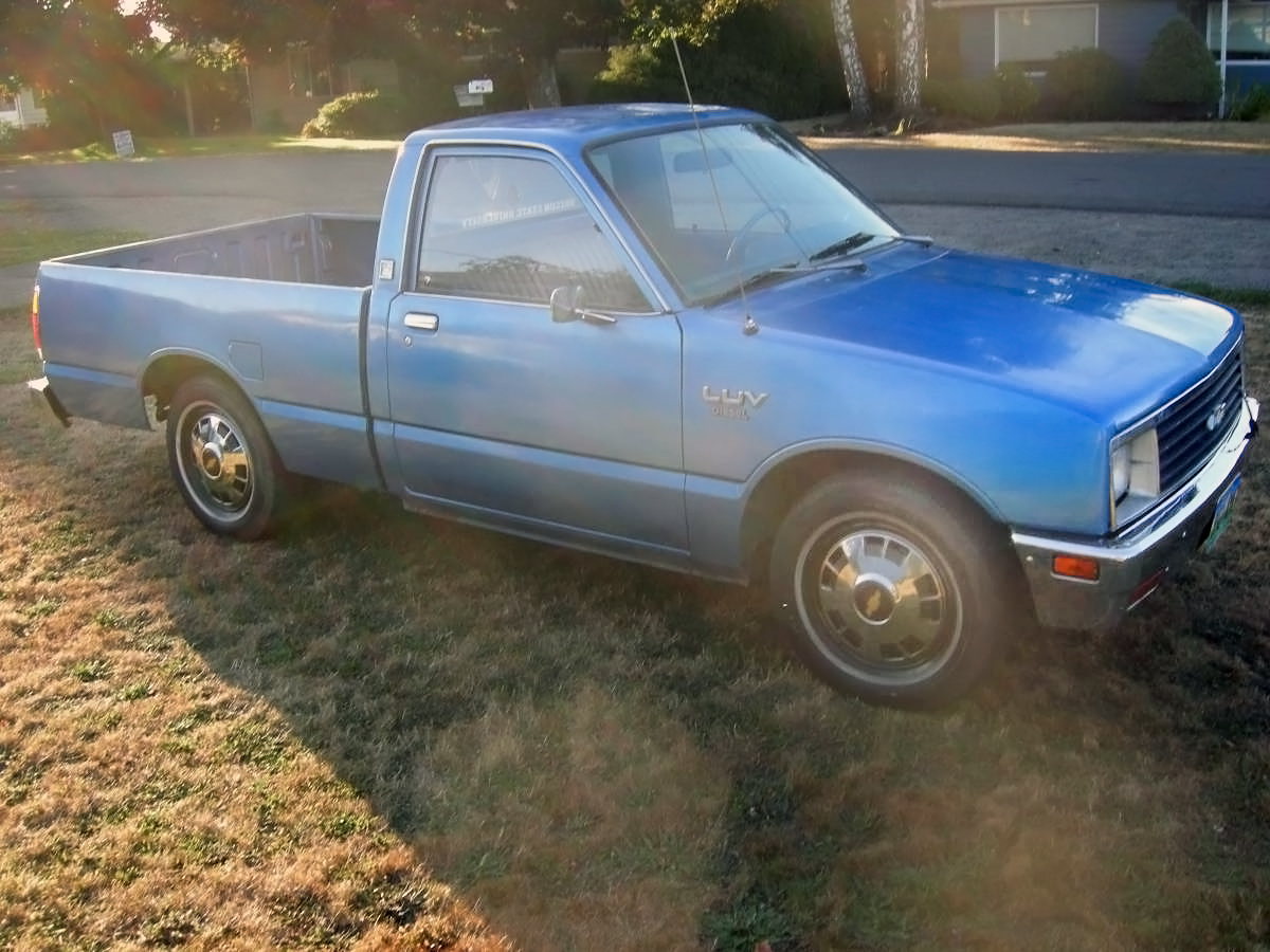 hight resolution of 081516 barn finds 1982 chevrolet luv diesel 3