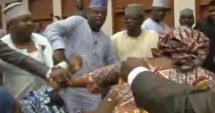 nigerian-senators-fighting