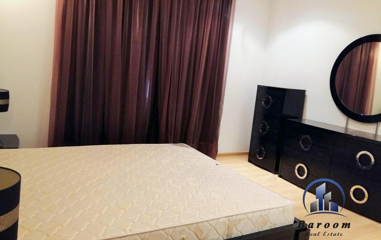 Bright 2 Bedroom Apartment 4