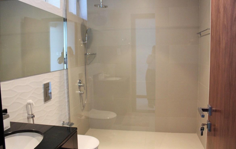 2 Bedroom Luxury Apartment Reef 8