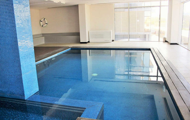 2 Bedroom Luxury Apartment Reef 6